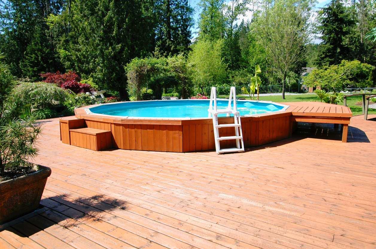 Nettoyer sa piscine hors sol bricofamily - Piscine hors sol bricomarche ...