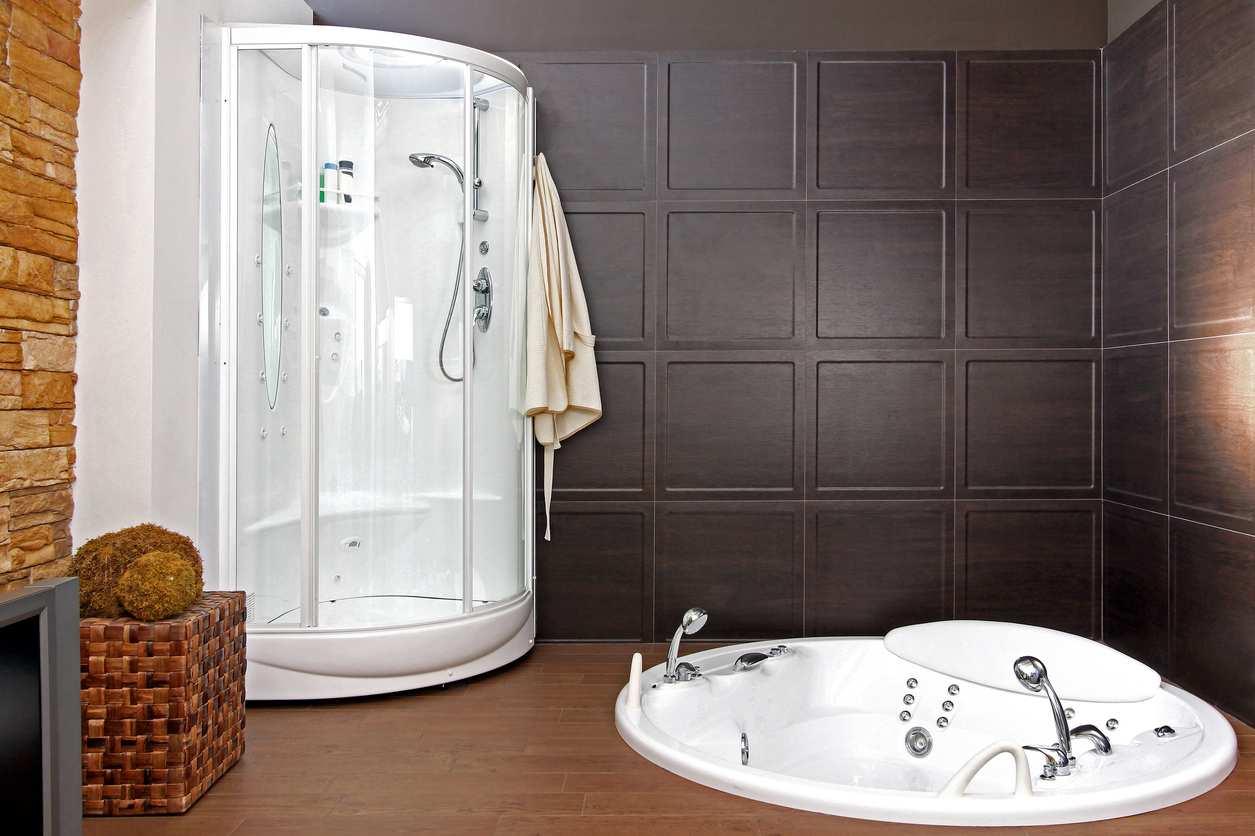 installer une cabine de douche hydromassante brico family. Black Bedroom Furniture Sets. Home Design Ideas