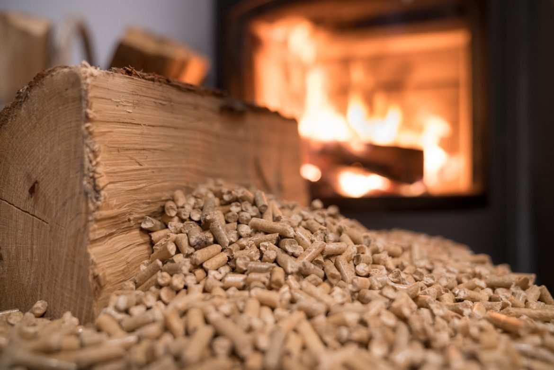 Bien Choisir Granulés De Bois comment bien choisir son combustible - bricofamily