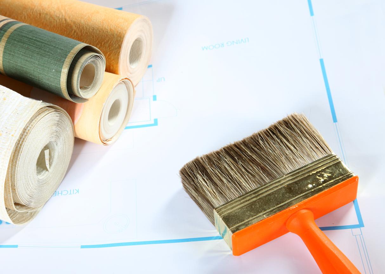 Une pose de papier peint parfaite avec les conseils de la bricofamily!