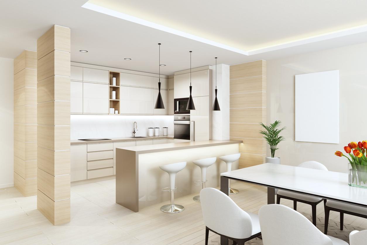 La dalle lumineuse est design et pratique dans la cuisine