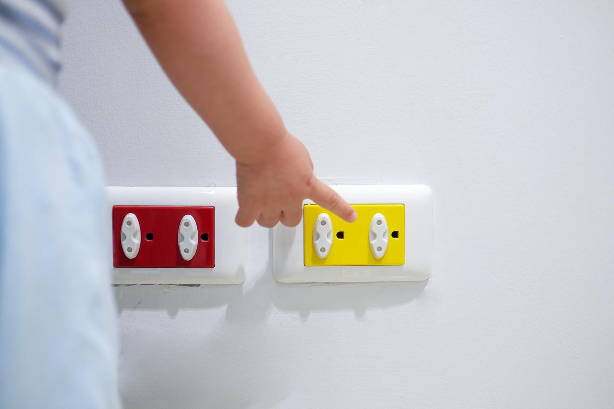 De superbes cache fils colorés pour protéger bébé et égayer sa chambre!