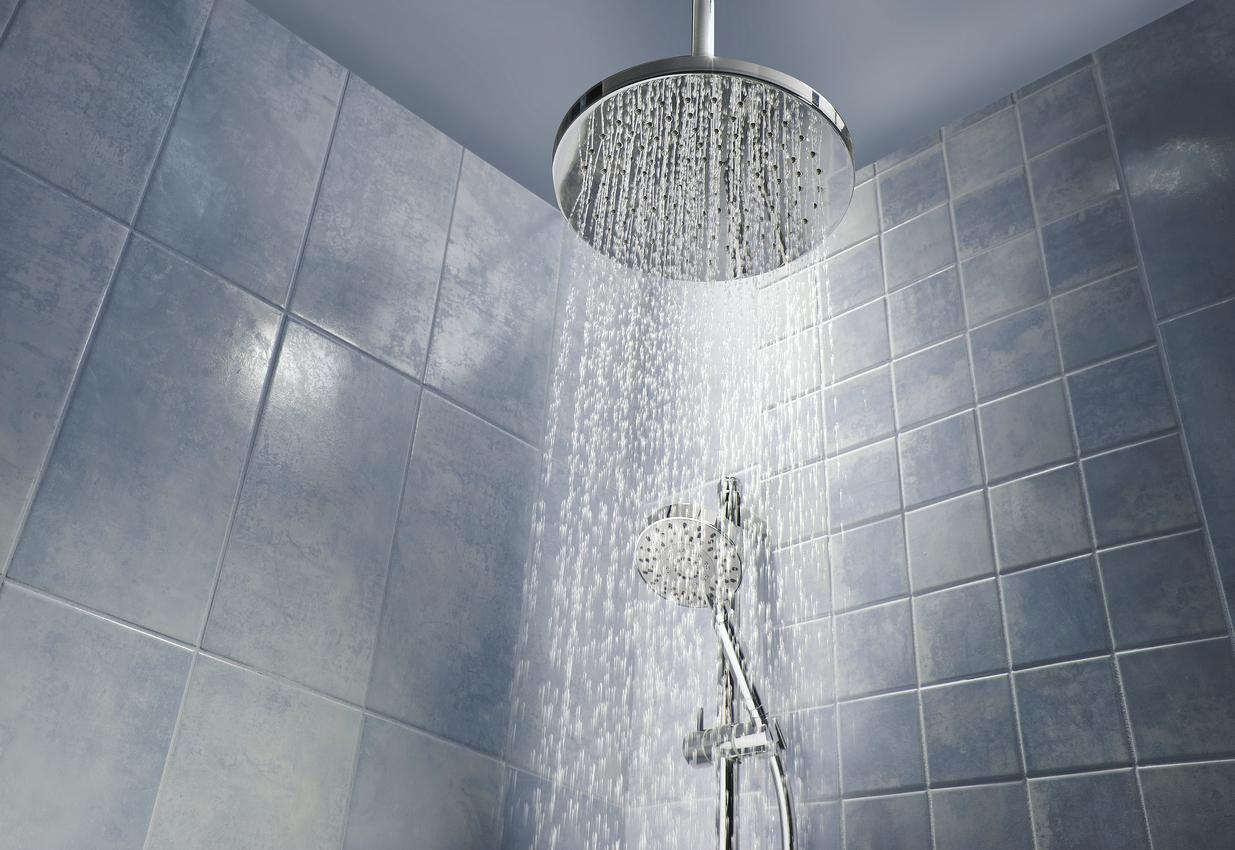 Eviter la douche froide...Choisissez bien votre colonne de douche !