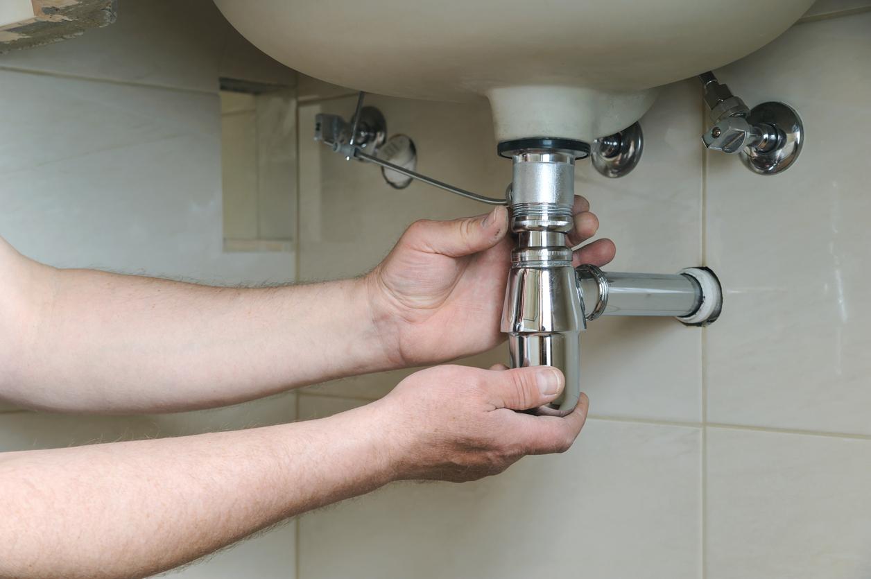 16 conseils pour déboucher un évier obstrué - Bricofamily