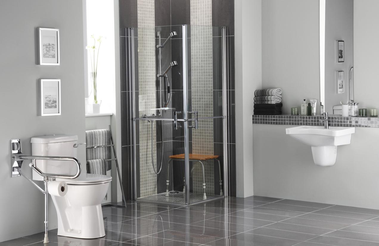 Optez pour une douche italienne, plus accessibles aux personnes à mobilité réduites