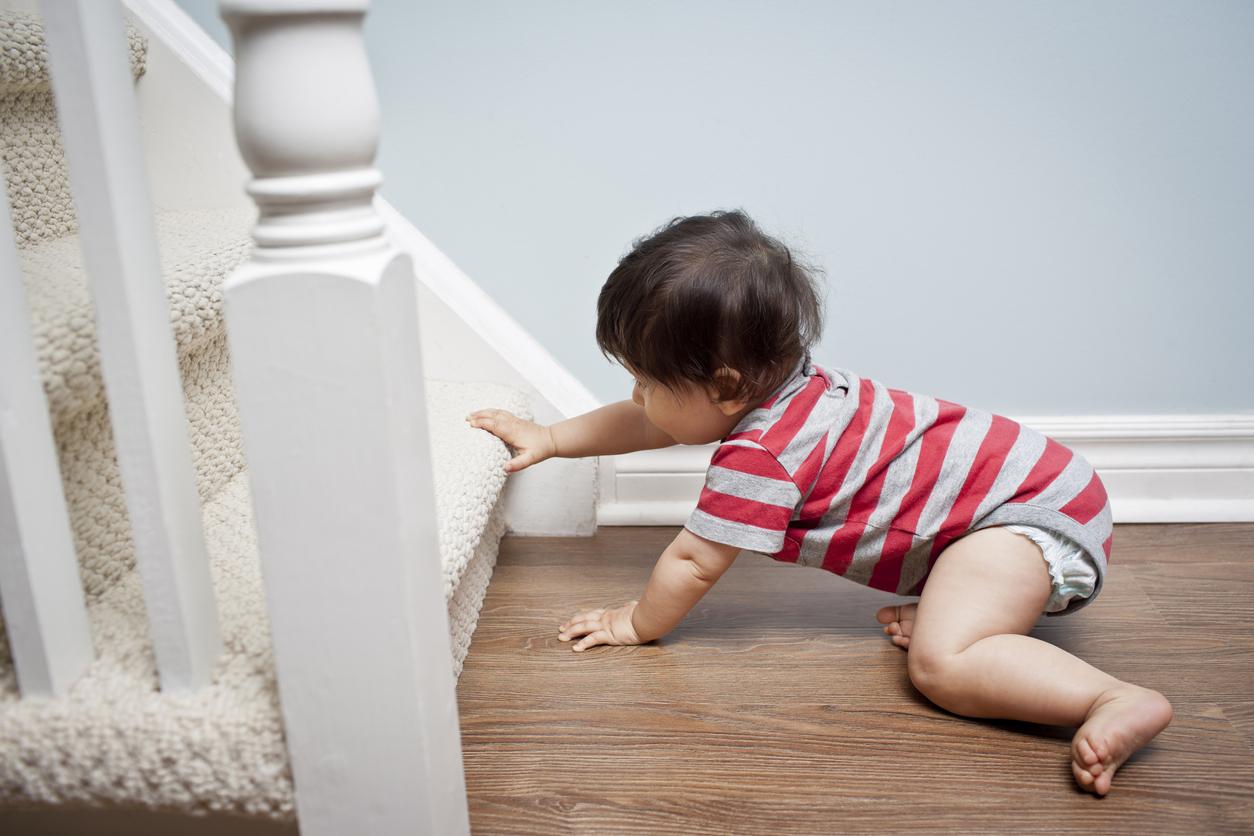 Securiser un escalier pour les enfants